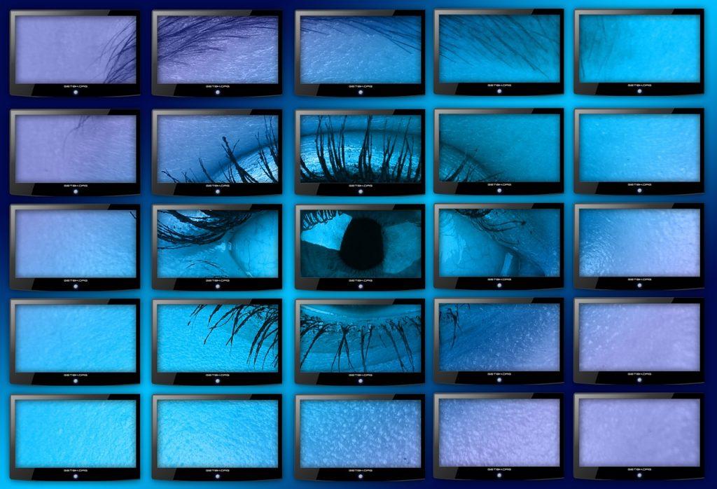 Quels sont les avantages d'installer une caméra de surveillance dans sa maison?